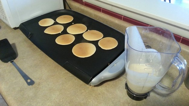 Make insanely easy pancakes or muffins in a blender.