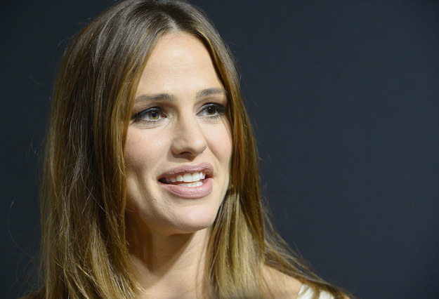 We all know Jennifer Garner is a beautiful, poised, eloquent movie star and philanthropist.