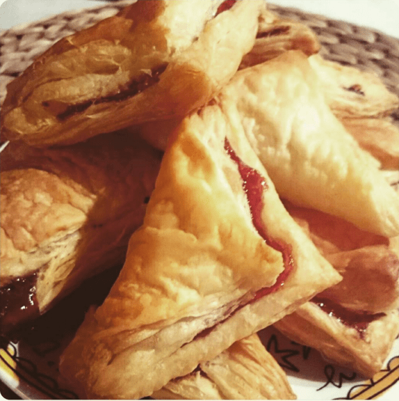 These pastelitos that were the star of any party: