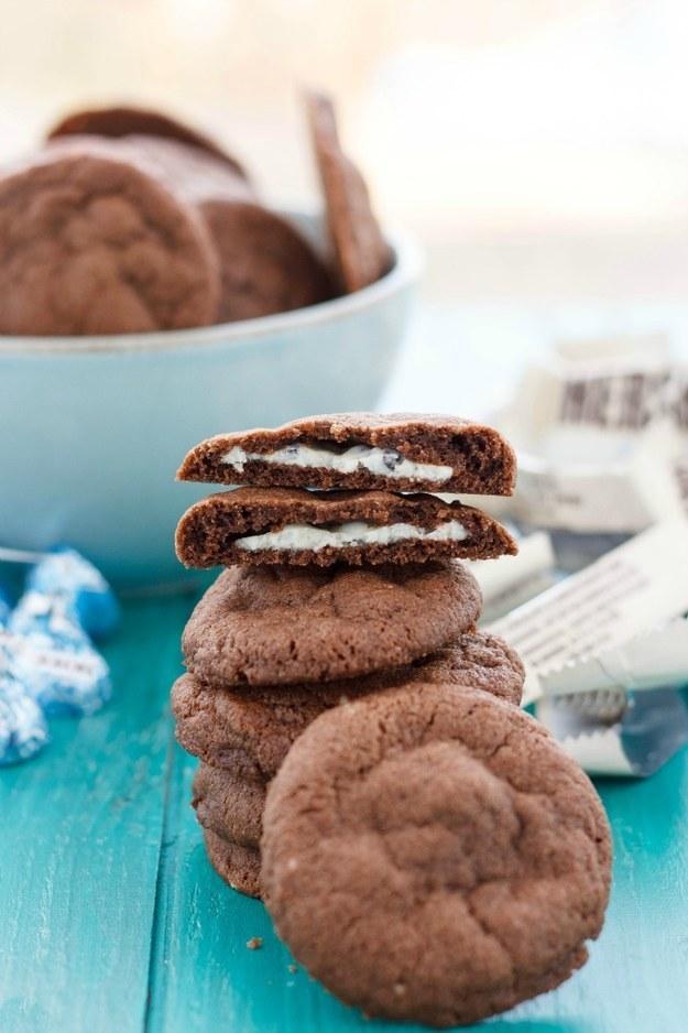 Cookies 'n' Cream Stuffed Cookies