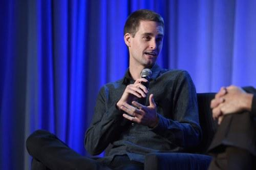 Facebook ha querido comprar Snapchat en varias ocasiones, pero su fundador Evan Spiegel no se cansa de batearlos.