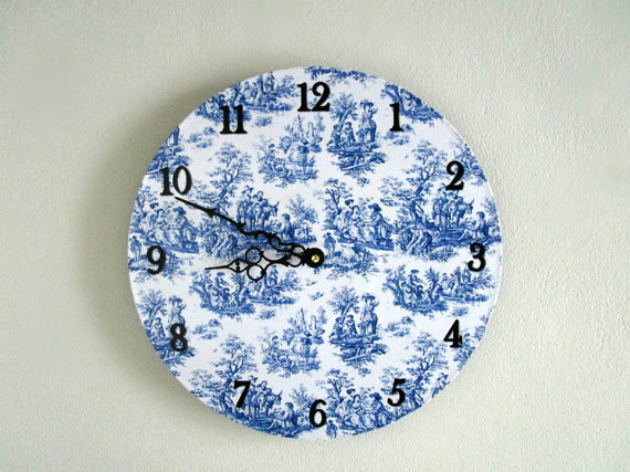 This clock that makes it clear that it's toile time, all the time.