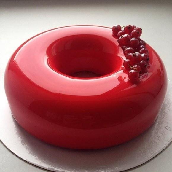 This mirrored cake.