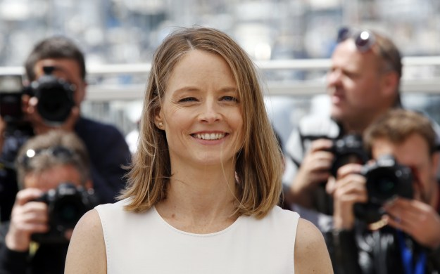 This is actress and not-star of Mad About You (but star of many other things) Jodie Foster.