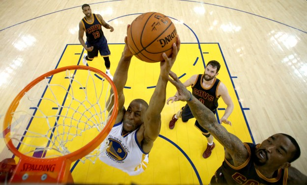 The 2016 NBA Finals between the Golden State Warriors and Cleveland Cavaliers began with a mostly drama-free 104-89 blowout by the Warriors in Oakland.