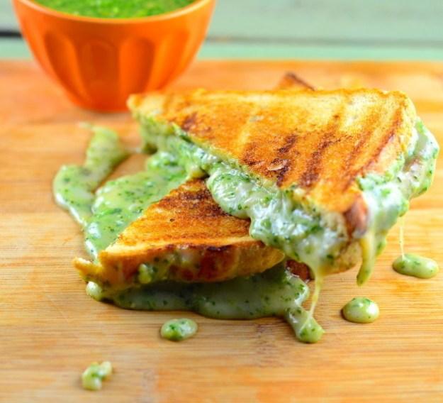 Gooey vegan toastie with pesto