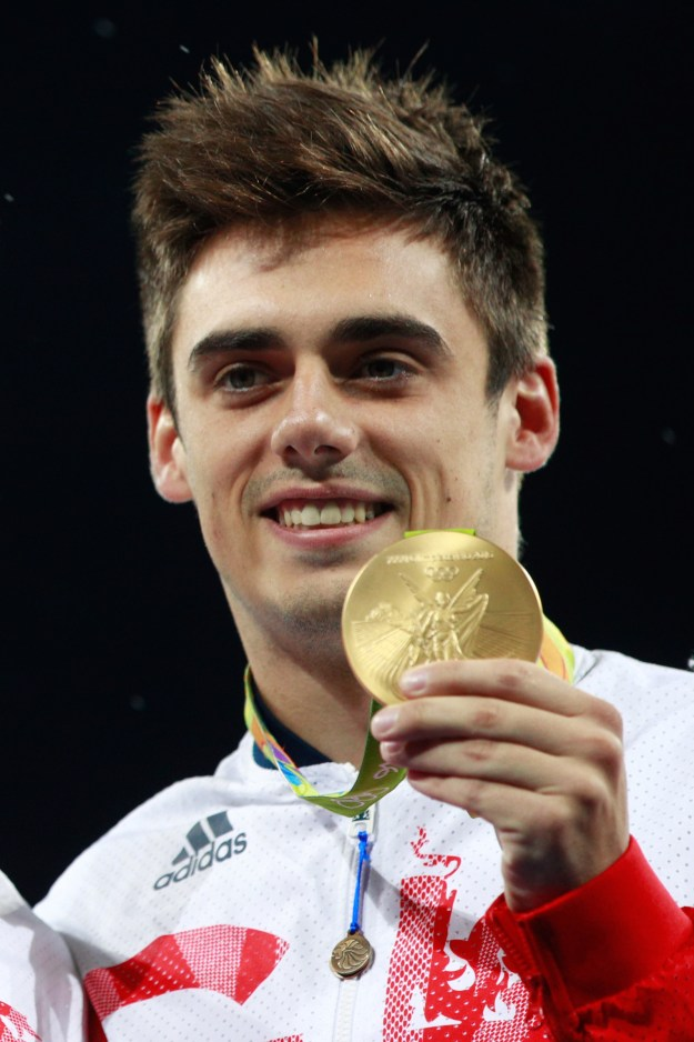 Let's face it, diving is one of the COOLEST sports to watch during the Olympics. That's because the best of the best, like British gold medalist Chris Mears, make jumping off 3m boards (all while twisting and flipping) look downright easy. But how would non-athletes fare if given the same opportunity?