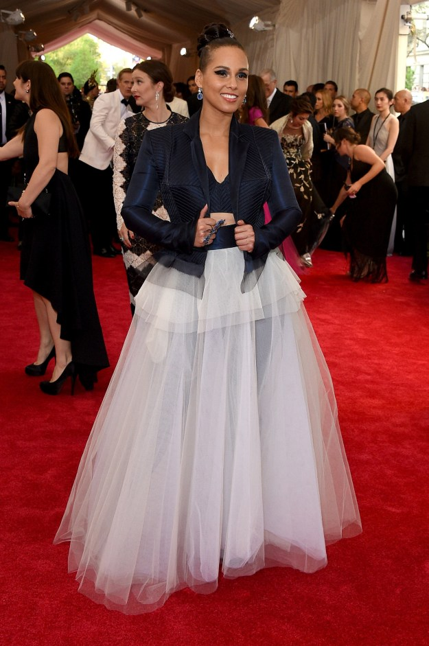 Or stay cool in tulle like Alicia Keys: