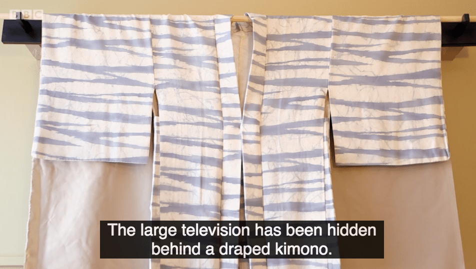 """""""Oi Mum, can you take the kimono down? I want to watch The Great Interior Design Challenge."""""""