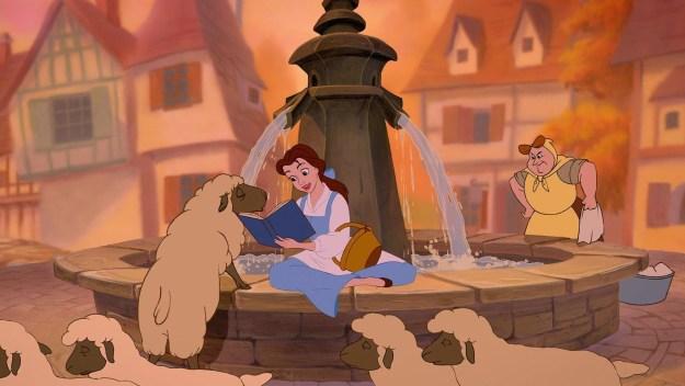 """Outra coisa: O livro favorito da Bela (aquele que ela já leu 12 milhões de vezes) diz: """"O príncipe encantado, e ela só descobre quem ele é quase no fim...!"""" SERÁ QUE ELA NÃO SE DEU CONTA QUE ISSO ERA UM SPOILER?"""