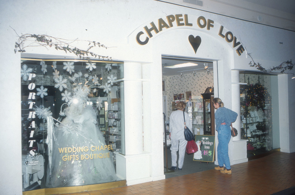 Chapel Love Mall America