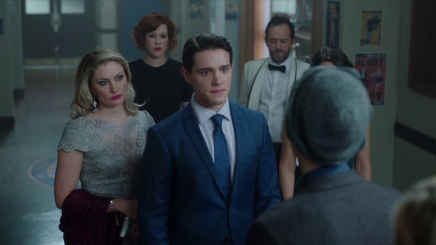 The high school sophomores (lolol it's totally believable) on Riverdale are the focus of the show, but it's time to show some love to the super-hot adults who birthed, taught, and waited on them.