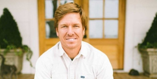 The lawsuit alleges that Chip bought out his then-business partners for $2,500 without filling them in on the fact that Fixer Upper had been picked up to air.