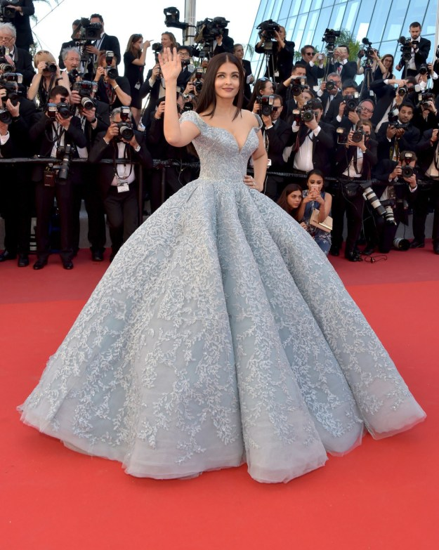 Aishwarya Rai Bachchan is currently back at the Cannes Film Festival, and as always, stunning people from all across the globe.