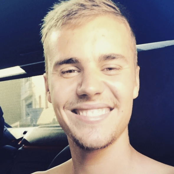Justin Bieber smiled for the camera.