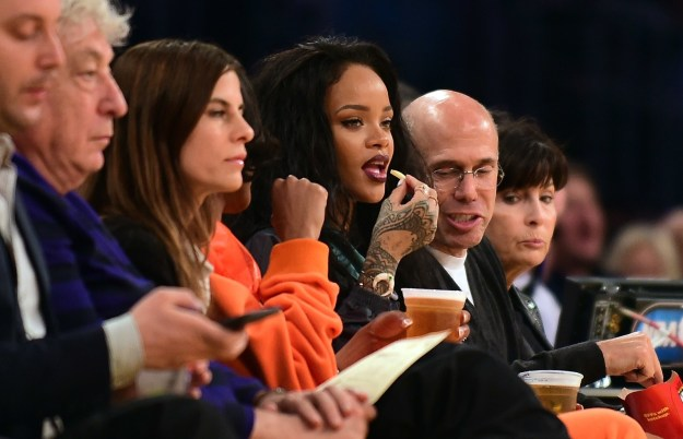 This photo of Rihanna having ~wild thoughts~ while enjoying a fry.