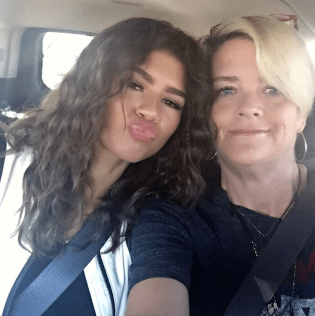 Even celebrities have trouble escaping the hilarious awkwardness that comes from mom and dad texts. The latest comes from Zendaya's mom Claire Stoermer.