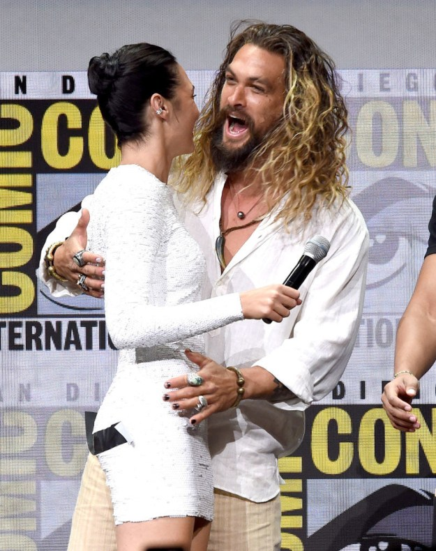 Yes, at Comic Con, Gal was walking on stage for her Justice League Panel. But there was something on her butt.