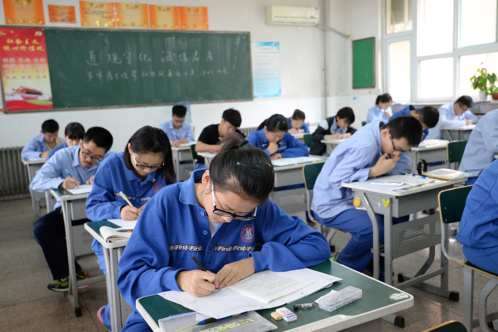 More Chinese Students Are Coming To Us High Schools To Get