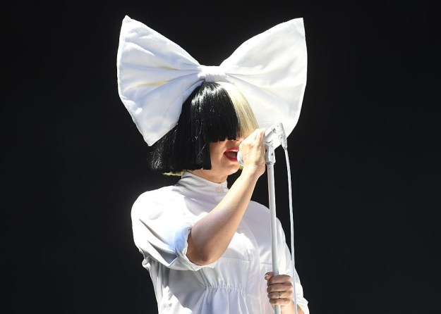 We're bar zero familiar with the work of extraordinary Aussie musician, Sia.