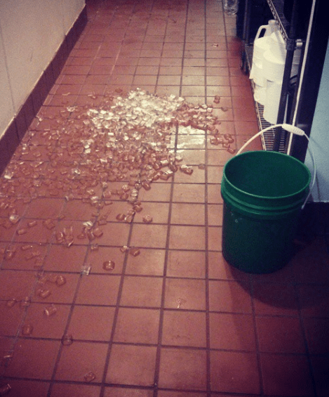 This server dropped a whole bucket of ice: