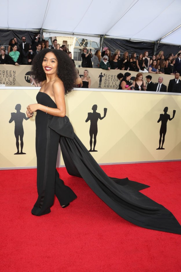 She gave us major Diana Ross vibes and honestly, I am so here for it.