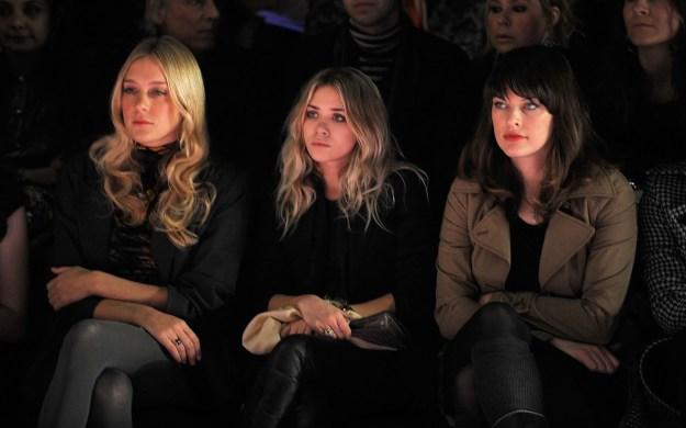 2008: Chloë Sevigny, Ashley Olsen, and Milla Jovovich.