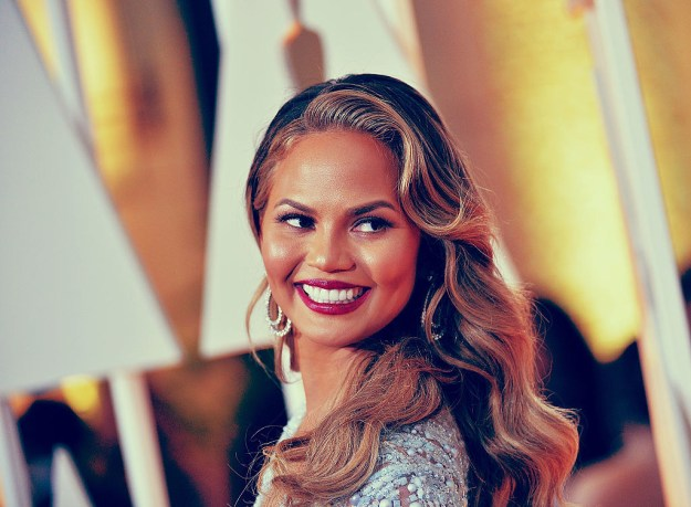 COOL: Chrissy Teigen