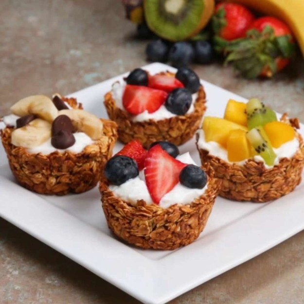 Yogurt granola cups because fresh, homemade granola parfaits are sooo much tastier than whatever else you've been eating for breakfast.