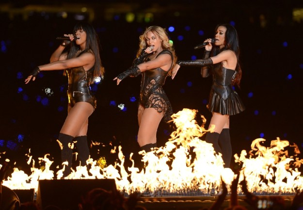 Before there was Beychella, Yoncé brought out her Destiny's Child bandmates to her ICONIC Super Bowl performance.