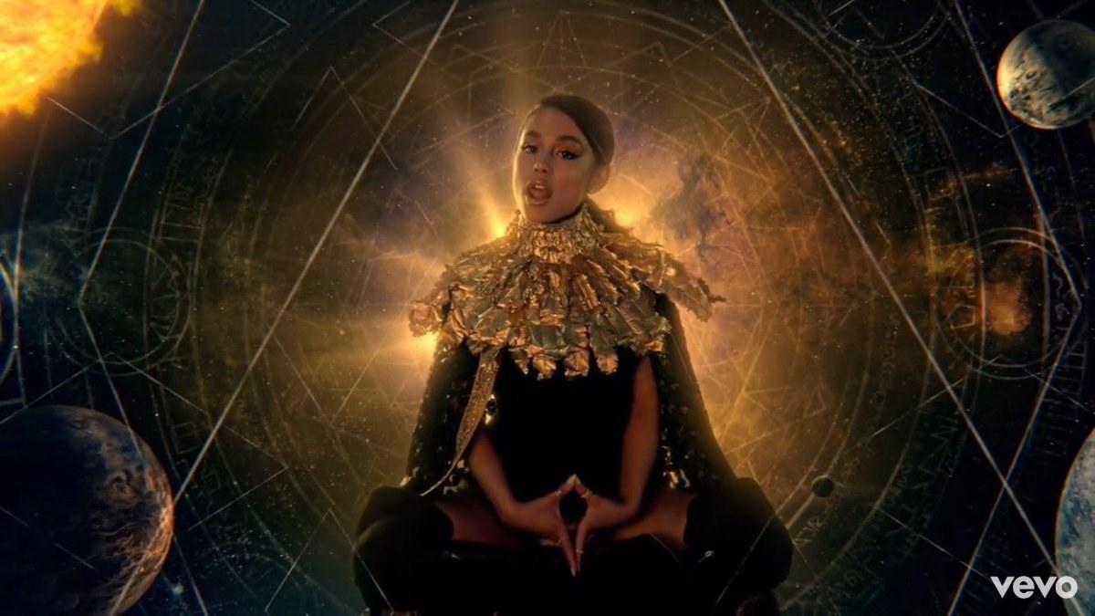 Ariana Grande Illuminati