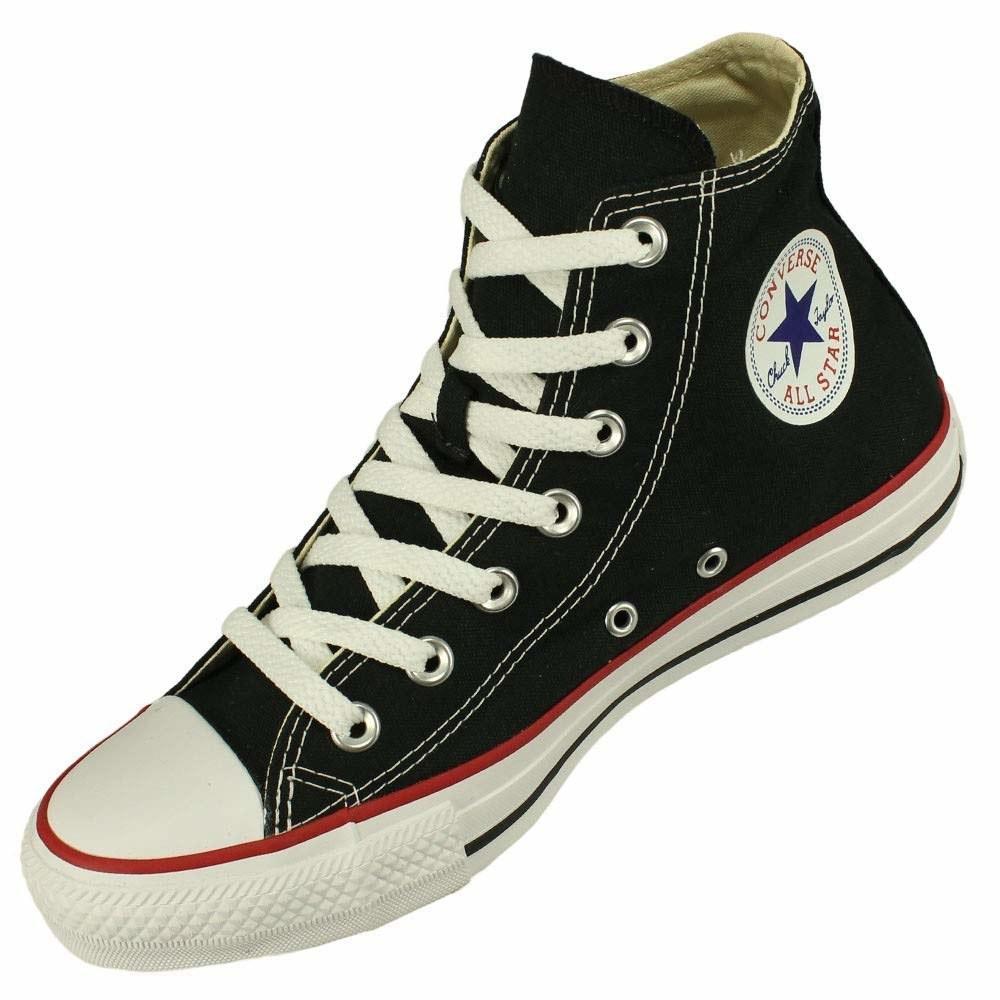 O tênis mais básico também em versão cano alto. Também disponível nas cores vermelha, azul e branca, mas o preço pode variar até R$ 199,90.