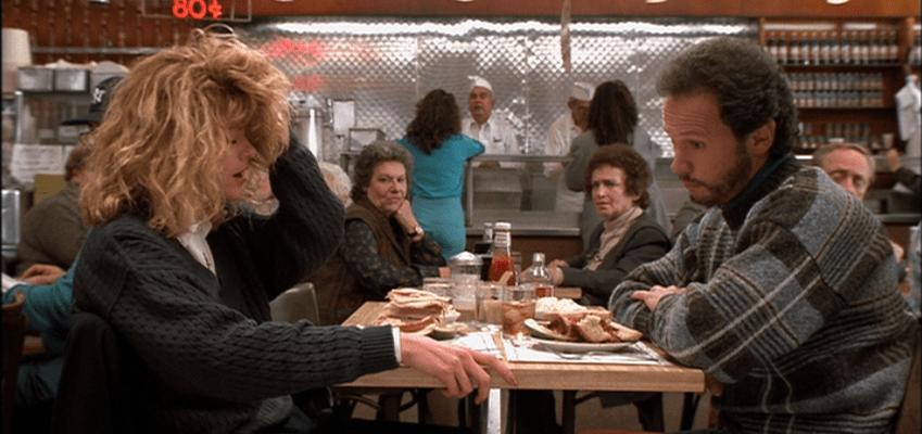 Os americanos são BASTANTE conscientes em relação ao tempo dos outros. Então o atendente (e as pessoas da fila) daquele fast food esperam que você já tenha decidido o seu pedido antes de chegar a sua vez.