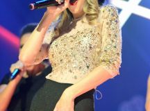Taylor Swift's Cameltoe