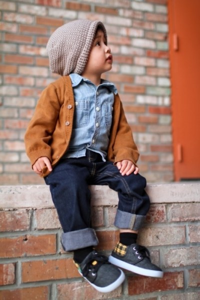 Children's Fashion Denim Shirt Cardigan Jeans and Beanie Cuffed Pants