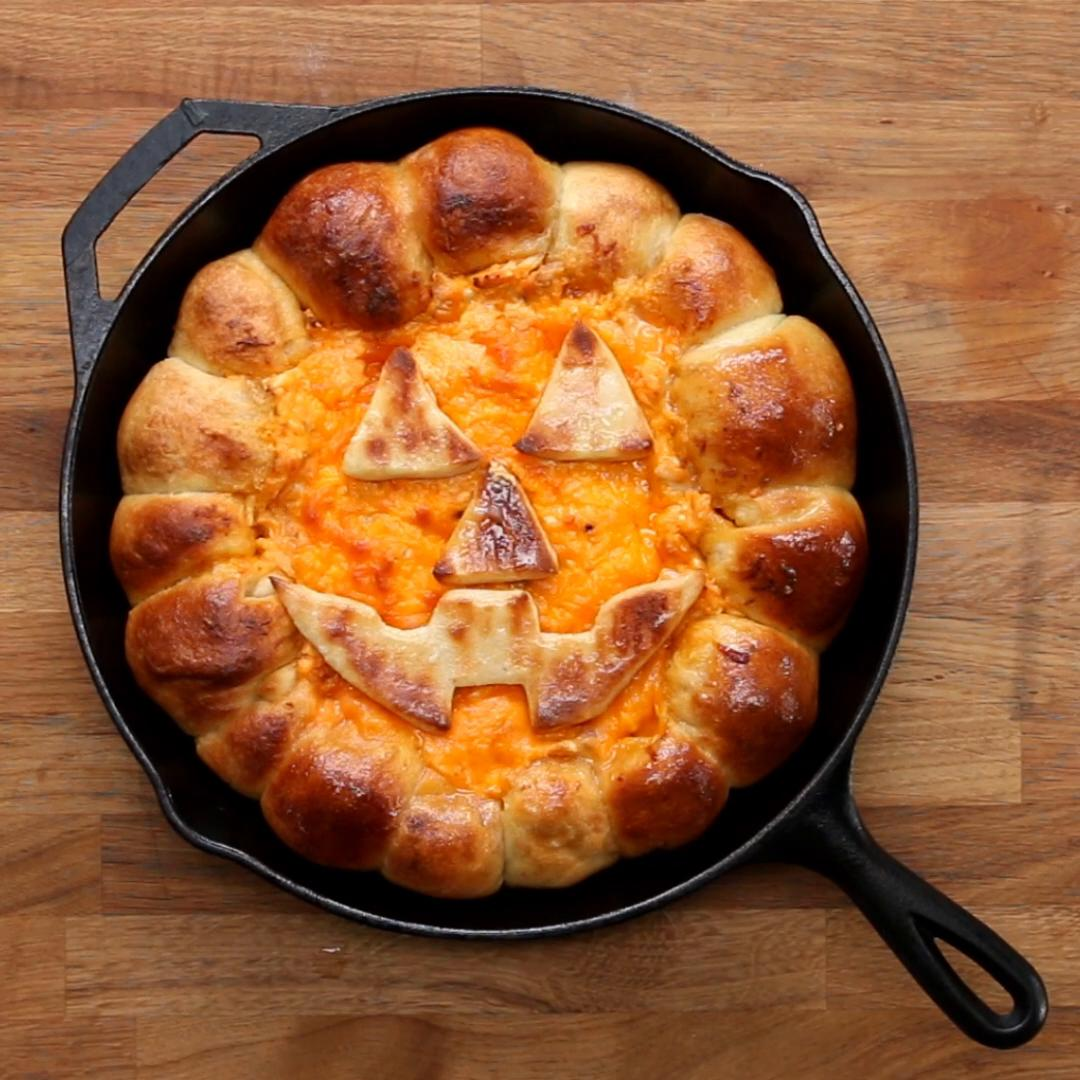 garlic knot chicken alfredo