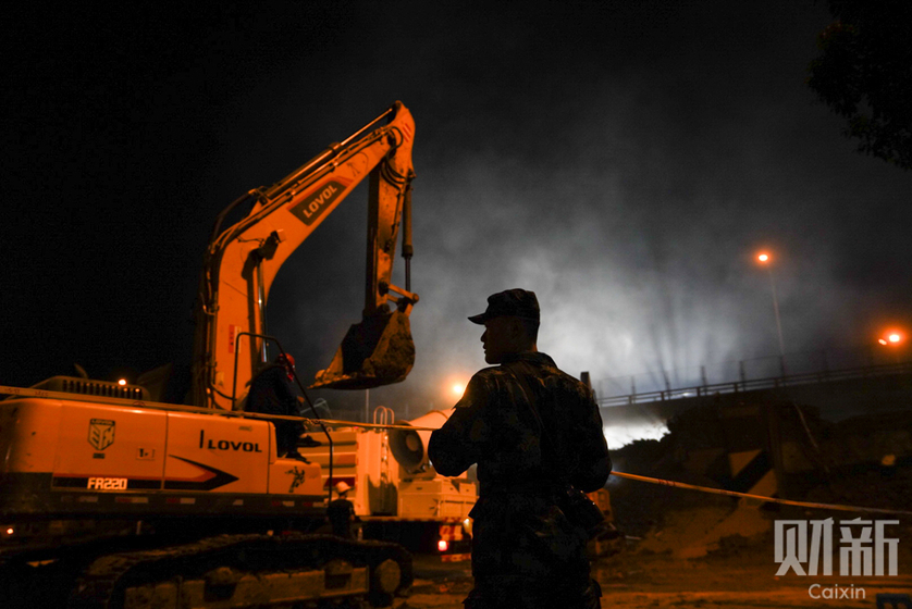 Gallery: Aftermath of Deadly East China Bridge Collapse - Caixin Global
