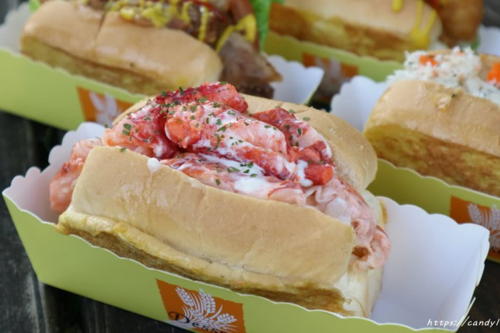 LoRo George 樂洛│不必花大錢也能吃到現做新鮮龍蝦入料的龍蝦三明治,還有料多到不行的蟹肉堡也超激推!