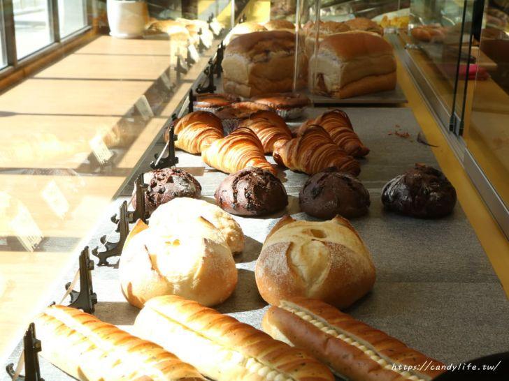 20191225235341 64 - 公益路最新結合麵包店的咖啡館!環境超美就在台中特教學校旁~