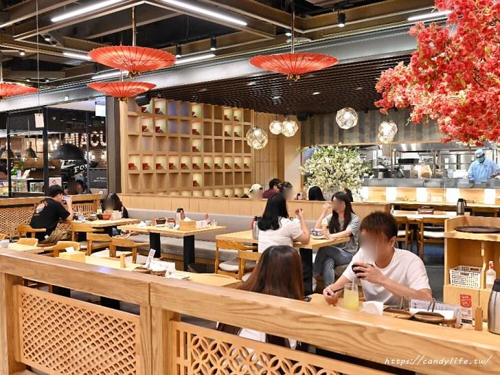 20200601133915 57 - 熱血採訪│日本人氣天丼專賣店進駐台中,用餐時刻人潮滿滿,超大一碗配料整個滿出來!