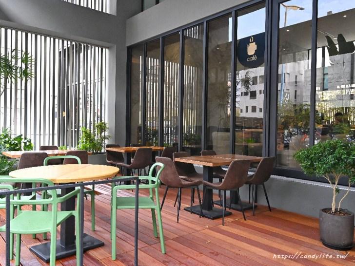 20200825004525 6 - 熱血採訪│台中方形瑪格麗特比薩,隱身在Hotel Z中,可愛咖啡杯座位,餐點擺盤超美又好吃