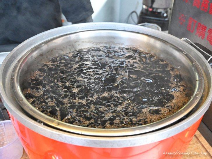 20210115224121 3 - 台中人氣古早味仙草凍飲,一杯只要25元起,料超多,還有熱仙草凍,別於一般燒仙草口感唷