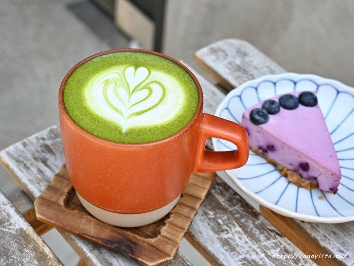 20210316220604 68 - 彰化田中人氣咖啡在台中,純白色系裝潢好好拍,咖啡好喝,生乳酪只要銅板價!