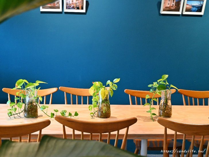 20210509142048 100 - 台中咖啡館推薦,近台中柳川水岸,不只咖啡好喝,還有超可愛的鬆餅球~
