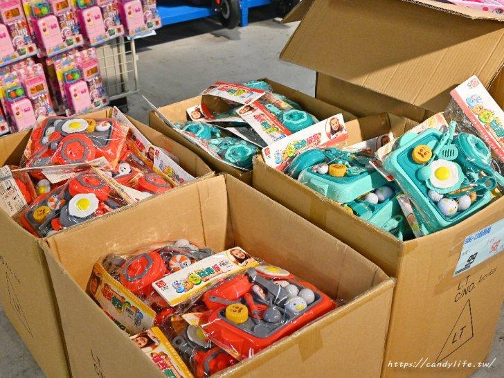 20210510124954 15 - 熱血採訪 泡麵零食備起來!多種電器玩具一次打包,人潮管制限定人數入場