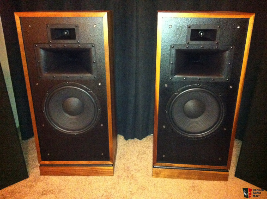 Price Reduced Beautifully restored Klipsch Forte II For