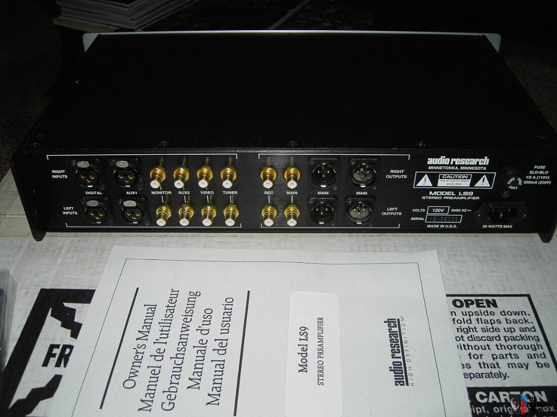 Audio Research LS9 Solid State Preamp with Remote Control