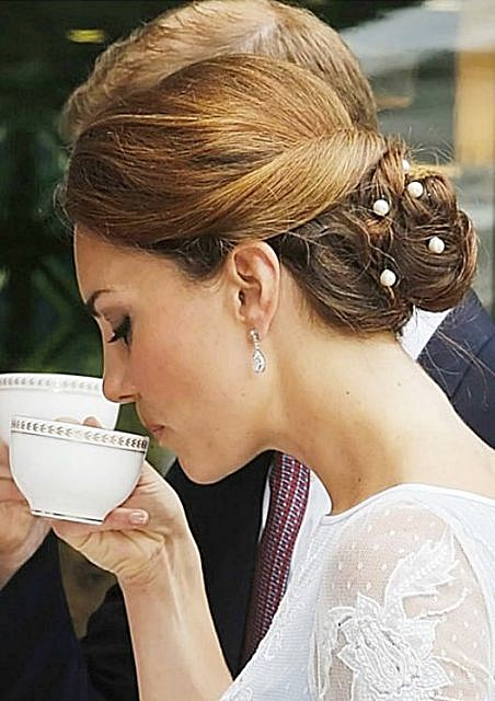 Kate Middletons Classic Twisted Bun Hairstyle Prom