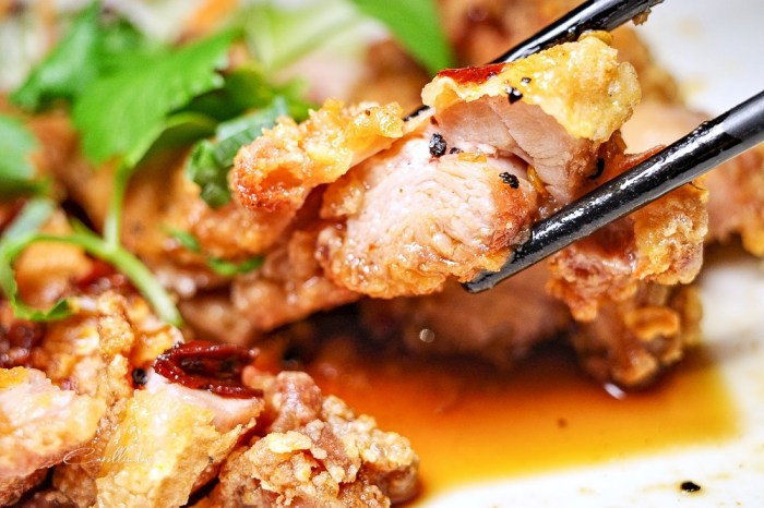 台中美食   泰食尚泰式餐廳大墩店 – 環境好氣氛佳,適合聚餐的平價泰國菜