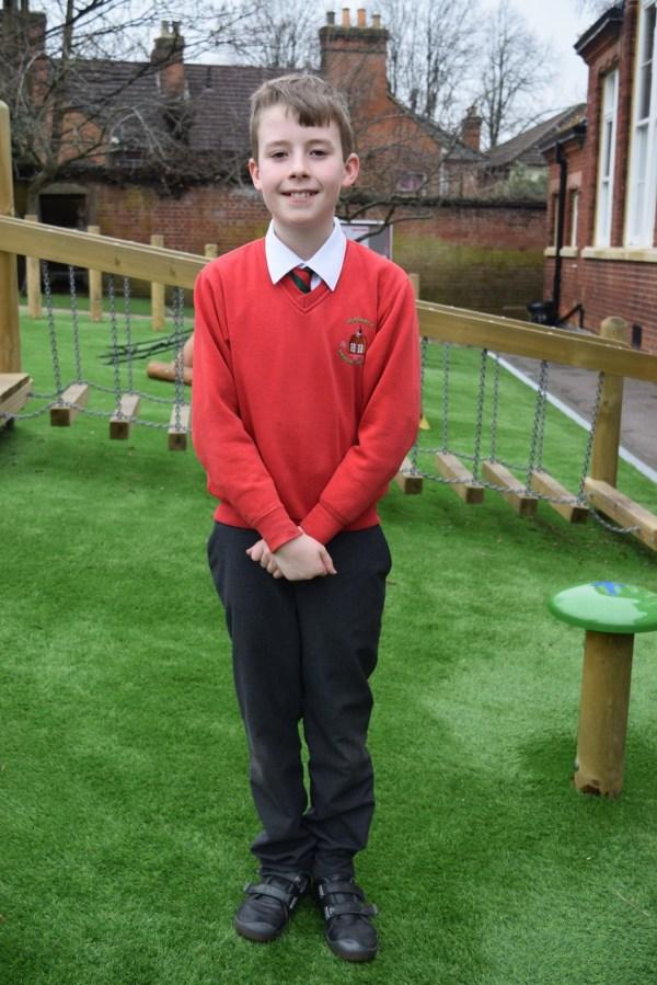 Sandfield Primary School - Uniform